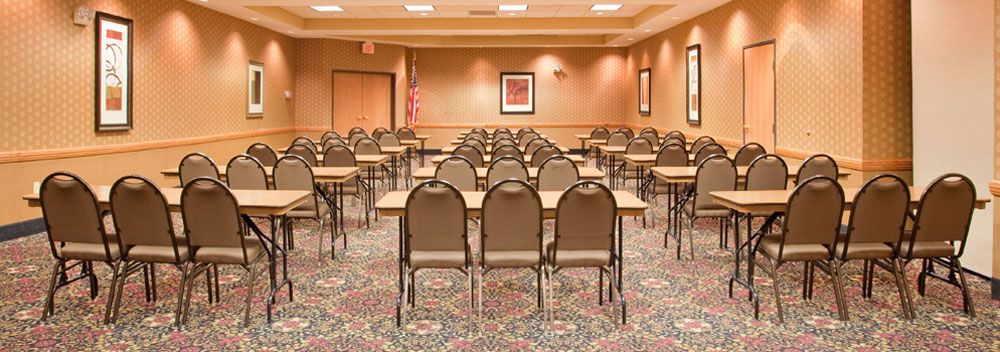 Holiday-Inn-Express-Meeting-Room